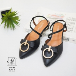พร้อมส่ง รองเท้าส้นเตี้ยหัวแหลมสีดำ รัดส้น ดีเทลอะไหล่ห่วงทองด้านหน้า แฟชั่นเกาหลี [สีดำ ]