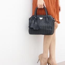 กระเป๋าสะพายแฟชั่น กระเป๋าสะพายข้างผู้หญิง กระเป๋าหนังสานใหญ่ [สีดำ]