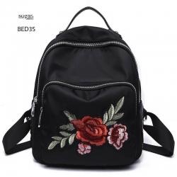 แบบขายดี กระเป๋าเป้ผู้หญิงปักลายแมงปอ และลายกุหลาบ BED35-แดง (สีแดง)