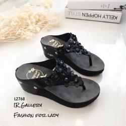 รองเท้าแตะลำลองวัสดุหนังนิ่มแบบคีบ L2768-ดำ (สีดำ)