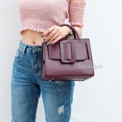 กระเป๋าถือ กระเป๋าสะพายข้างผู้หญิง งานพียู Boyy bag [สีแดง ]