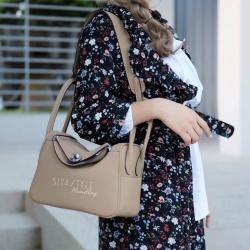 กระเป๋าถือผู้หญิง กระเป๋าสะพายข้างแฟชั่น งานตัดเย็บ เนี๊ยบกริบ Lindy PU [สีน้ำตาล ]