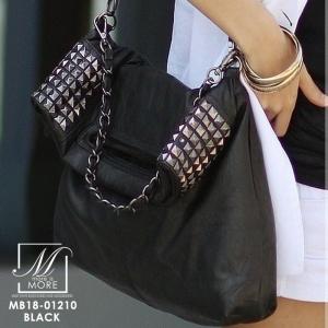 กระเป๋าสะพายกระเป๋าถือ แฟชั่นงานนำเข้าแต่งหมุดสุดเท่ห์ MB18-01210-BLK [สีดำ]