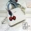 กระเป๋าสะพายกระเป๋าถือ แฟชั่นนำเข้าแบรนด์ axixi ดีไซน์เก๋ส์ AX-12477-CRM (สีครีม) thumbnail 4