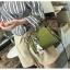 แบบมาใหม่ กระเป๋าสะพายผู้หญิงหนังอยู่ทรง 8081-เขียว (สีเขียว) thumbnail 5