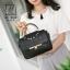 กระเป๋าสะพายกระเป๋าถือ แฟชั่นนำเข้าสไตล์คุณหนู AX-12343-BLK (สีดำ) thumbnail 4