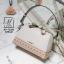 กระเป๋าสะพายกระเป๋าถือ แฟชั่นนำเข้าฉลุลายแต่งโบว์สุดน่ารัก AX-12283-CRM (สีครีม) thumbnail 1