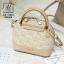 กระเป๋าสะพายกระเป๋าถือ แฟชั่นนำเข้าสไตล์คุณหนู แบรนด์ axixi แท้ AX-12443-CRM (สีครีม) thumbnail 2