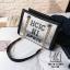 กระเป๋าแฟชั่นงานนำเข้าทรงยอดฮิตปักเลื่อมวิ๊บวับ MB18-01604-SIL (สีเงิน)