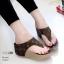 รองเท้าส้นเตารีดลำลองสีน้ำตาล แบบหูคีบ LB-10212-น้ำตาล thumbnail 2