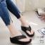 รองเท้าเพื่อสุขภาพสีดำ สไตล์ฟิทฟลอบ ชนชอป รุ่นคริสตัล LB-T119-ดำ thumbnail 1