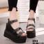 รองเท้าแบบสวมรัดข้อเปิดท้ายส้นตึกสีดำ LB-ST813-BLK thumbnail 1
