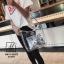กระเป๋าแฟชั่นงานนำเข้าแบบวัสดุพลาสติกใสแต่งลาย MB18-02502-SIL (สีเงิน) thumbnail 5