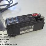 Photoelectric Sensor จับสี ยี่ห้อ Keyence รุ่น CZ-V21 (Used)