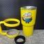 ชุดแก้วเยติ 30 ออนซ์ พื้นสีเหลือง ลายการ์ตูน มินเนี่ยน ถือหมี