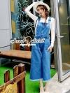Seoul Secret Say's... Bibby Bibby Chic Denim Material : เนื้อยีนส์เนื้อผ้าขึ้นทรงสวยอย่างดี เก๋ๆ ชิคๆ ด้วยทรงเอี๊ยมยีนส์กางเกงทรงขากว้าง ทรงเก๋ๆ ชิคๆ แมตซ์กับเสื้อยืดก็ดูเก๋แล้วนะคะ ความเก๋ของจั้มยีนส์ตัวนี้อยู่ที่ดีเทลงานเย็บและแพทเทิร์นของทรงนะคะ ต