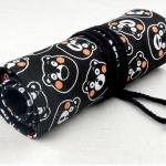 Pencil Wrap กระเป๋าม้วนใส่สีไม้ สูงสุด 72 ช่อง ผ้าแคนวาส ลายหมีดำ