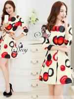 Bubble Painted Colorful Mini Dress (Belt) Type: Mini Dress Fabric: Polymathic Detail: เดรสสั้นพิมพ์ลายสีสันแนว Bubble ด้วยพื้นสีออกโทนขาวนวล ตัดกับสีแดง น้ำเงินแนวเพ้นสีน้ำออกแนวอาร์ทๆ แต่ด้วยลุคที่เบลนด์กันแล้ว ออกสไตล์คุณหนูไฮโซ ใส่ออกมาแล้วดูดีเลยนะคะ