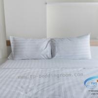 ผ้าปูที่นอนโรงแรมสีขาวลายริ้ว
