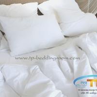 ผ้าปูที่นอนโรงแรมสีขาวเรียบ