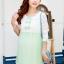 เดรสคลุมท้องผ้าชีฟองสีเขียวแขนสามส่วนลูกไม้สีขาว ติดโบว์ที่หน้าอก ช่วงกระโปรงเป็นผ้าลูกไม้ thumbnail 1