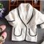 แจ็คเก็ตสีขาว ไซค์สำหรับเด็กโต ใส่คลุมกับชุดไหนก็สวย งานดีสวยมากค่ะ thumbnail 5