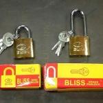 แม่กุญแจ สปริง Bliss ขนาด 32 mm