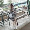 เสื้อแฟชั่นตัวยาวสไตล์เกาหลี แต่งผ่าสูงด้านข้าง ลายขวาง