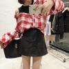เสื้อเชิ้ตแฟชั่นสไตล์เกาหลี แต่งแขนกุด โชว์ไหล่ ลายสก๊อตสีแดง