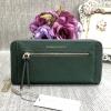 CHARLES & KEITH LONG WALLET BAG *สีเขียว