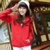 สีแดง-เสื้อคลุมกันหนาว ซิปหน้า มีฮู้ด ลายหนวด