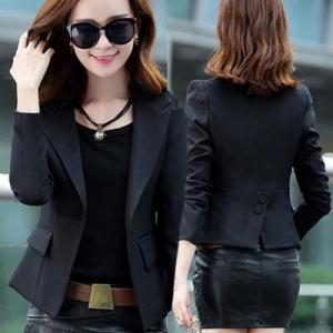 เสื้อสูทแฟชั่น ทรงสั้น แบบสวยเท่ห์ ใส่คลุมทำงานเก๋ ๆ สีดำ