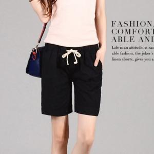 กางเกงลำลองขาสั้น สีดำ