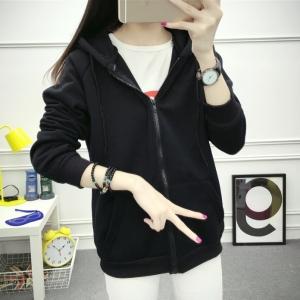 เสื้อคลุมแฟชั่นบุกันหนาว มีฮู้ด แขนยาว ซิปหน้า สีดำ