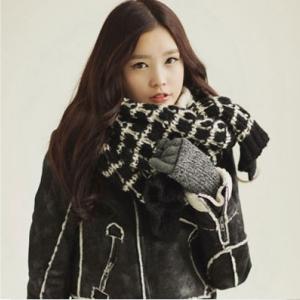 ผ้าพันคอกันหนาว ไหมพรม เกาหลี ลายตาราง