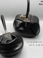 กระเป๋าแฟชั่นสีดำ