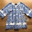 พร้อมส่ง เสื้อผ้าเครปสีoff white ปักลายสีน้ำเงิน thumbnail 8