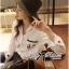 พร้อมส่ง เสื้อเกาหลี เชิ้ตสีขาวปักลายการ์ตูนดิสนีย์ thumbnail 1