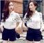 พร้อมส่ง เสื้อแฟชั่น เสื้อเกาหลี เชิ้ตขาวผ้าตาข่าย thumbnail 4