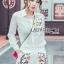 เสือผ้าเกาหลี พร้อมส่ง เสื้อเชิ้ตสีขาวและกางเกงปักลาย thumbnail 2