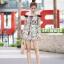 เสื้อผ้าเกาหลี พร้อมส่ง เพลย์สูทเปิดไหล่ thumbnail 3