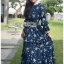 ชุดเดรสเกาหลี พร้อมส่ง เดรสยาว ผ้าชีฟองสีน้ำเงินพิมพ์ลายดอกไม้ thumbnail 4