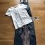 เสื้อผ้าเกาหลี พร้อมส่ง เซ็ตเสื้อยืดสีขาวทับด้วยเอี๊ยมเดนิ่ม thumbnail 8