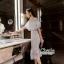 เดรสเกาหลี พร้อมส่ง เดรสสีขาวยาวอกระบาย thumbnail 3