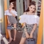 เสื้อผ้าเกาหลี สีขาวระบายกับกางเกงเอวสูง พร้อมส่ง thumbnail 5