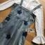พร้อมส่ง เดรสผ้าเดนิมสกรีนลายดาวทับเสื้อลูกไม้สีขาว thumbnail 7