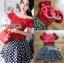 เสื้อผ้าเกาหลี พร้อมส่ง เสื้อคร็อปสีแดงและกระโปรงลายจุด thumbnail 9