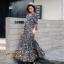 ชุดเดรสเกาหลี พร้อมส่ง Maxi Dress ทรงบาน คอวีป้ายอก thumbnail 12