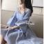 เดรสเกาหลี พร้อมส่ง มินิเดรส ลายทางสีฟ้า-ขาว thumbnail 3