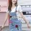 เสื้อผ้าเกาหลี พร้อมส่ง เสื้อสีขาว + เอี๊ยมกระโปรงสียีนส์ thumbnail 9